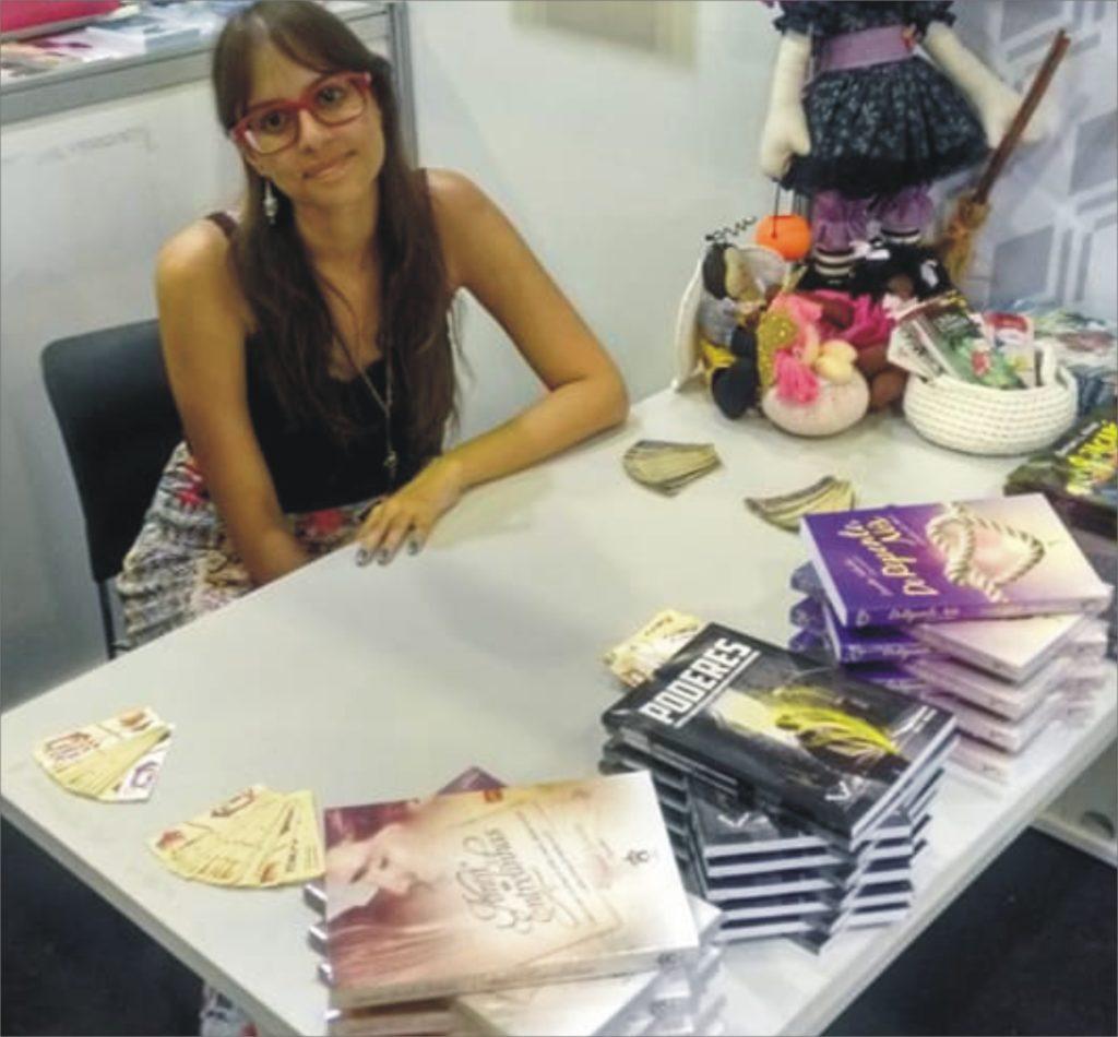Anelise Vaz: a escritora de avental na Bienal do Rio 2