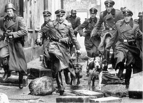 Ecos de Paris, a Cidade das duas Gestapos 4