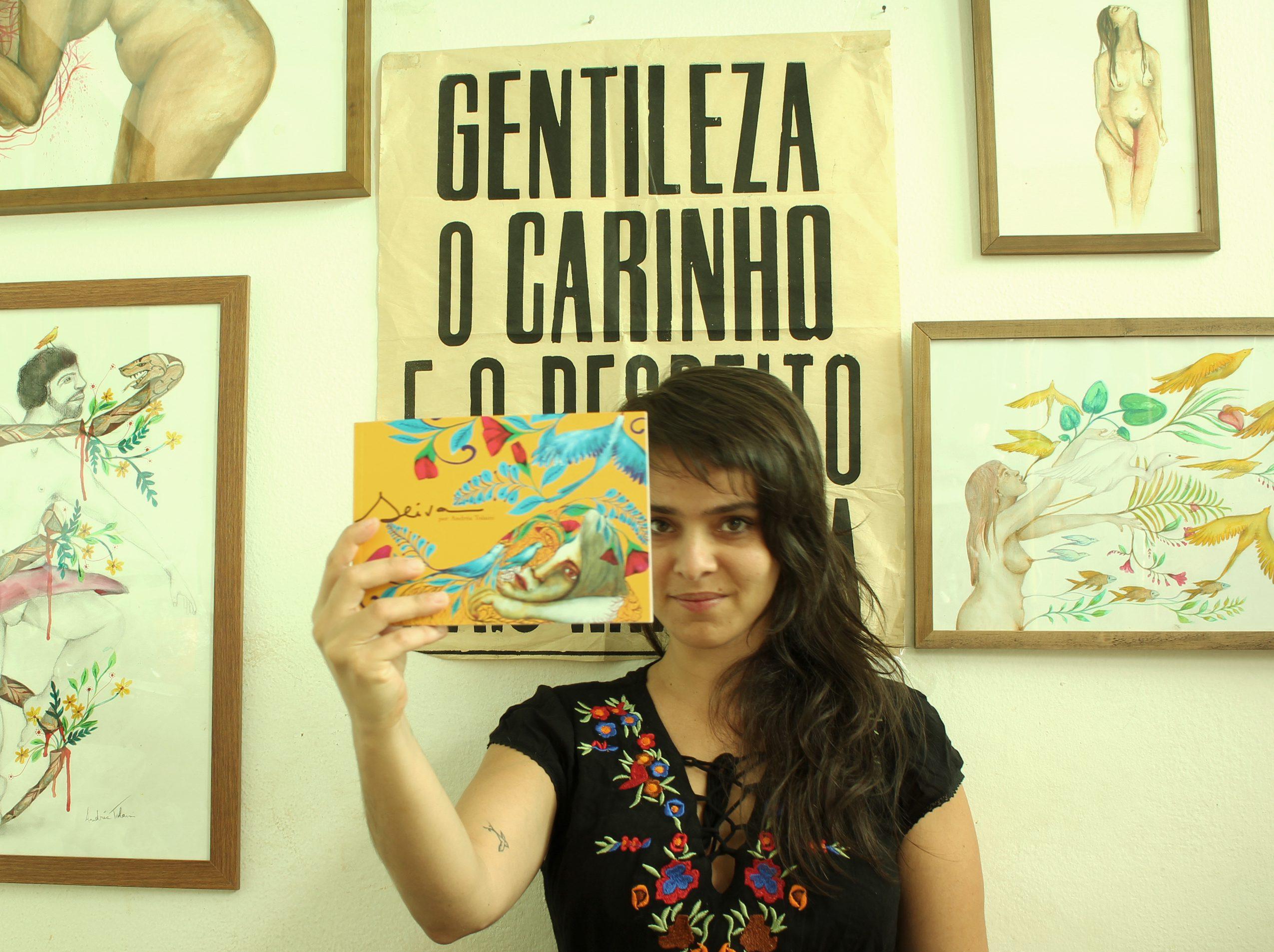 """Arte, ativismo e afeto: Andréa Tolaini lança """"SEIVA"""" 2"""