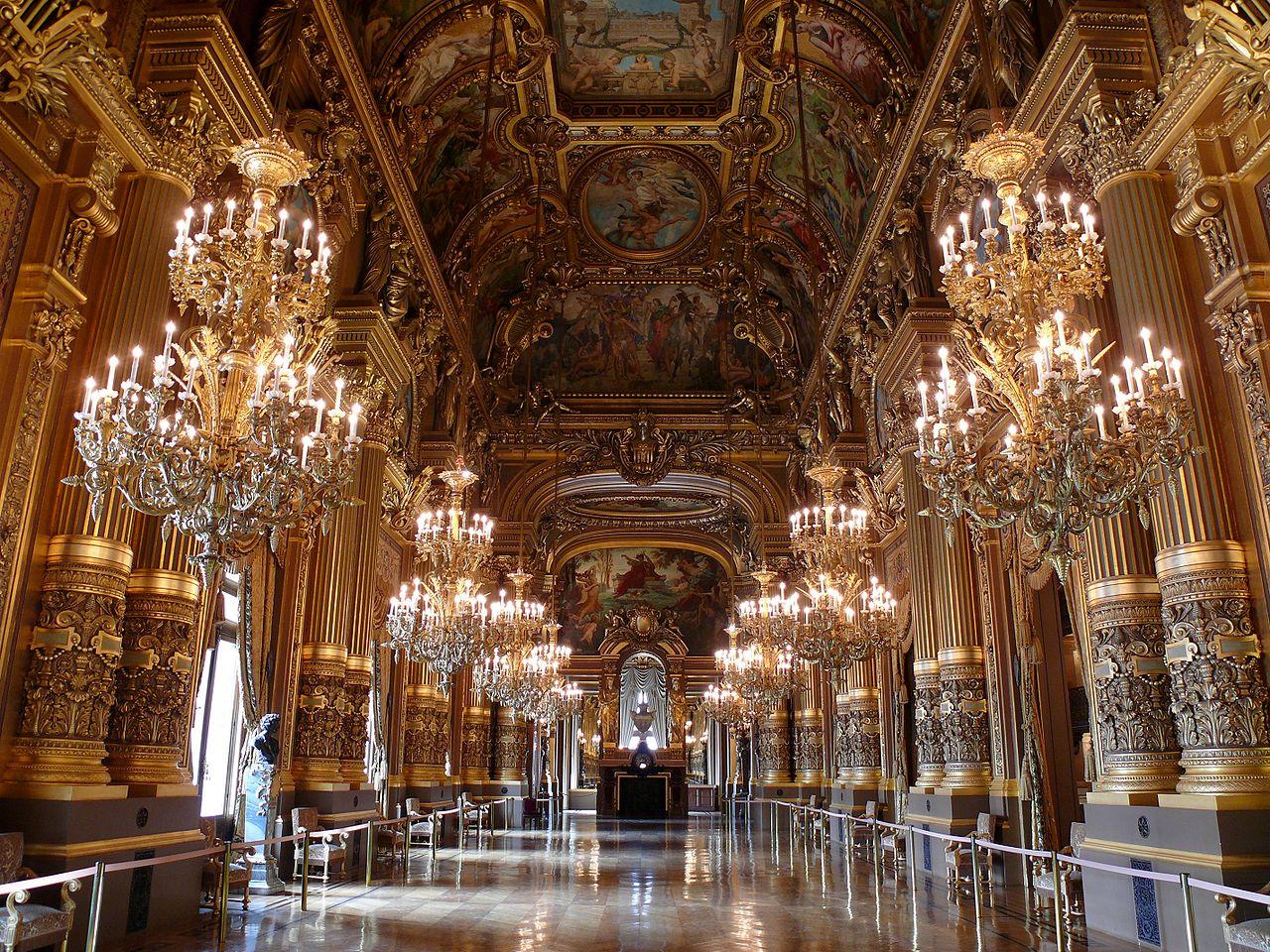 1280px Opéra Garnier   le Grand Foyer - Ecos de Paris II, O Fantasma das nossas Óperas, Paris está a arder