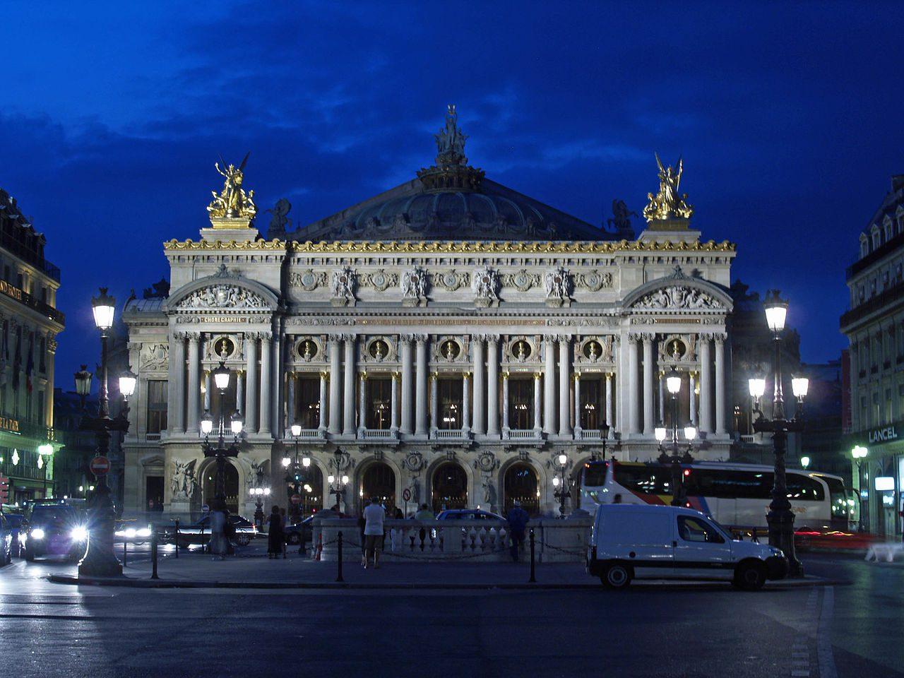 Paris old opera house - Ecos de Paris II, O Fantasma das nossas Óperas, Paris está a arder