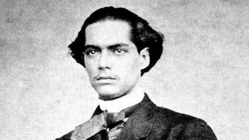 castroalves71231841249 widelg - Castro Alves, quem foi? Biografia, vida na literatura e principais obras