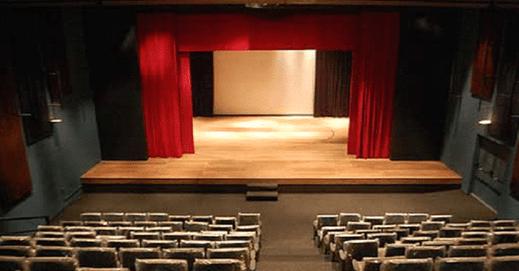 Tipos de palco 7 - Estilos e tendências no teatro: A evolução do espaço cênico